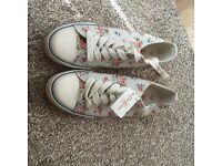 Cath Kidson floral shoe size 5