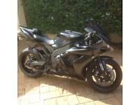 Yamaha R1 supersport