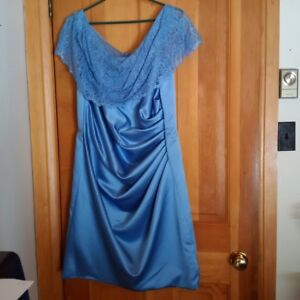 Formal dress size 16 *new*