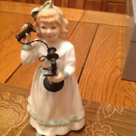 Royal Doulton figurine Hello Daddy
