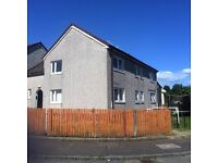 Large 3 bedroom upper cottage flat in quiet location with on street parking £620pcm