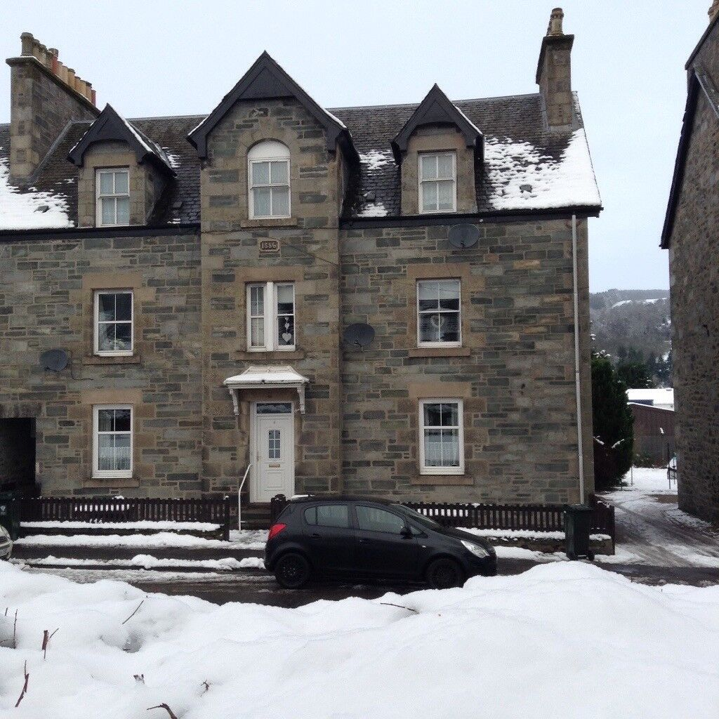 1 Bedroom First Floor Flat in Aberfeldy, Perthshire