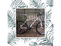 """Cube mountain bike 18""""frame 26"""" wheels"""