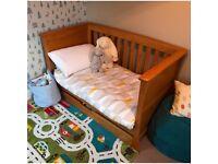Mamas & Papas Ocean Cot Bed and Chest / Changer Unit