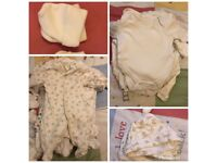 Neutral newborn/first size/new baby clothes