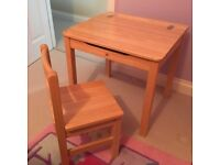 Childs Pintoy Natural Wooden Desk and Chair
