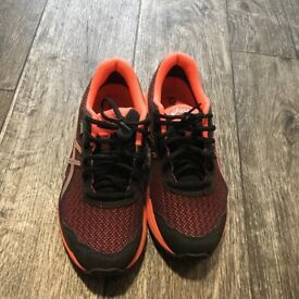 Asics Gt 1000 Women Stable Running shoes Wear less than 5 times