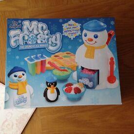 Brand new Mr Frosty the crunchy ice maker