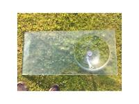 Round glass sink and drainer