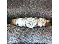 18ct Gold Engagement Diamond Ring Set in 18ct white gold.