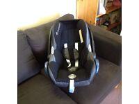 Maxi-Cosi Cabriofix Group 0+ Car Seat - Black Raven – Very Good Condition