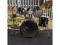 Cool Drum Kit!!!!