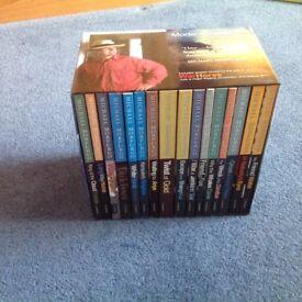 Michael Morpurgo Box Set excellent condition include Warhorse. Fantastic stories.