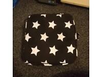 Star print booster cushion