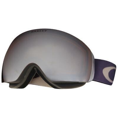 Oakley OO 7064-03 Flight Deck XM Purple Shade Black Iridium Lens Snow Goggles .