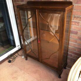 Free glass/wood display case