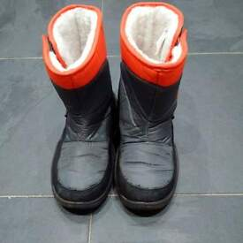 Mountain Warehouse Snow Boots size 12uk