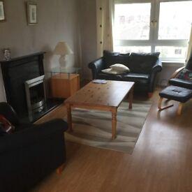 2 bedroomed flat in East Renfrewshire