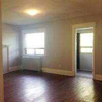 1 Bedroom Unit with a Sun Room!!!! 468M17
