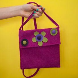 Cross body pink bag
