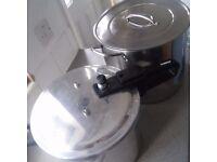 2 Large pans