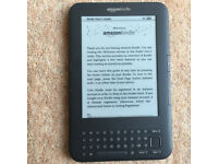 Amazon Kindle 4GB (Keyboard version) e-Reader