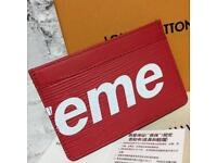 Supreme Card Wallet - BRAND NEW