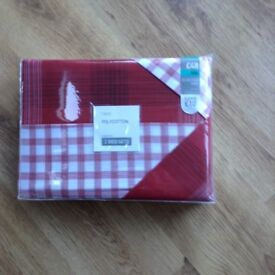 Next red and white checked kingsize bedding, pack of 2, new
