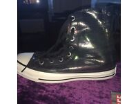 Never Worn Converse Women's Shimmer Slouchy Sneaker (Limited Addition) Size 6