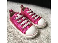 Converse girls size 5 infant