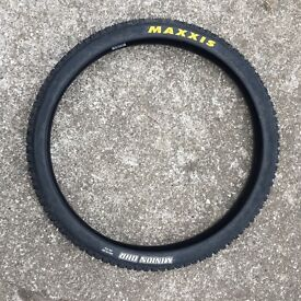 "Maxxis minion DHR tyre 26"" as new"