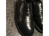 AS NEW DR MARTENS SIZE UK8 ONLY 29!!!!