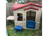 Little Tikes Picnic Playhouse