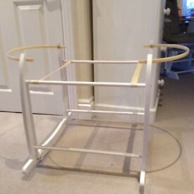White Moses basket rocking stand