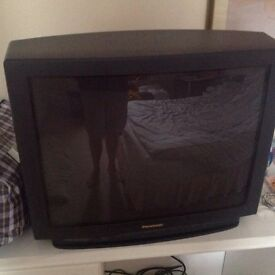 Free Tv pnasonic for spares with stand