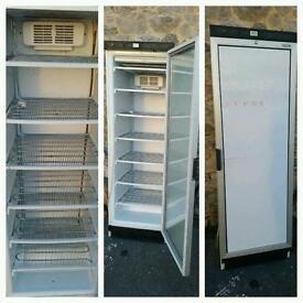 Mid size freezer