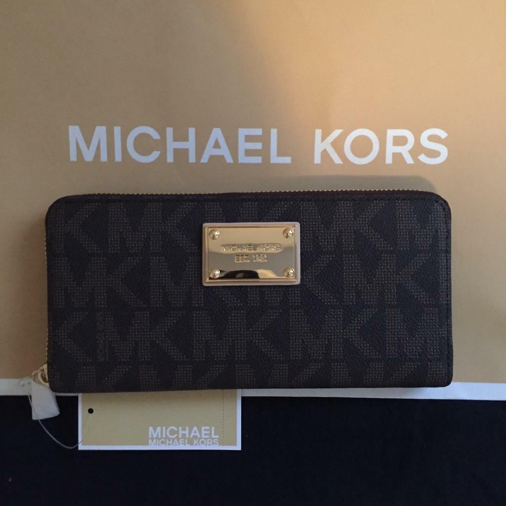 New Michael Kors Purse
