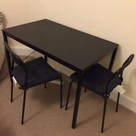 Black wooden Dining table&chairs with pad