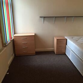 DOUBLE ROOM TO RENT, PORTSMOUTH, ALL BILLS INCLUDED £90 PW