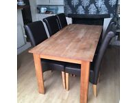 Table and 6 chairs, ��100 ONO