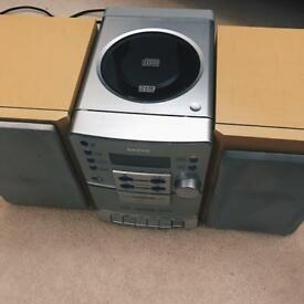 Vintage Sanyo Stereo System