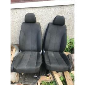 2008 vw Passat front seats