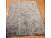 Silver saxony rug £20!!