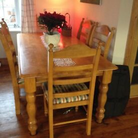 Farmhouse Solid Pine Kitchen Table And 6 Chairs