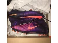 NIKE MERCURIAL SUPERFLY - SIZE 8
