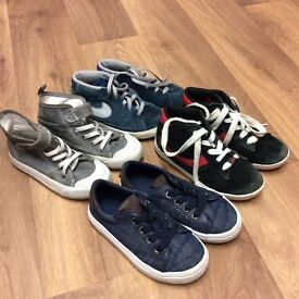 4 pairs boys shoes size 9.5