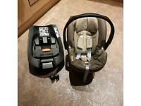 Cybex Aton Q car Seat With ISOFIX.