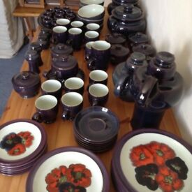 Denby Falstaff Dinner, Tea and Coffee Service in Excellent Condition. About 70 pieces.