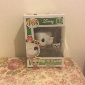 Funko pop vinyl figure Disney beauty and the beast mrs Potts