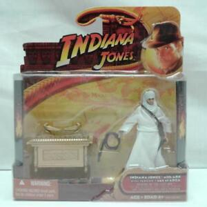 Hasbro 4 Inch Indiana Jones Action Figure with the Ark of the Covenant